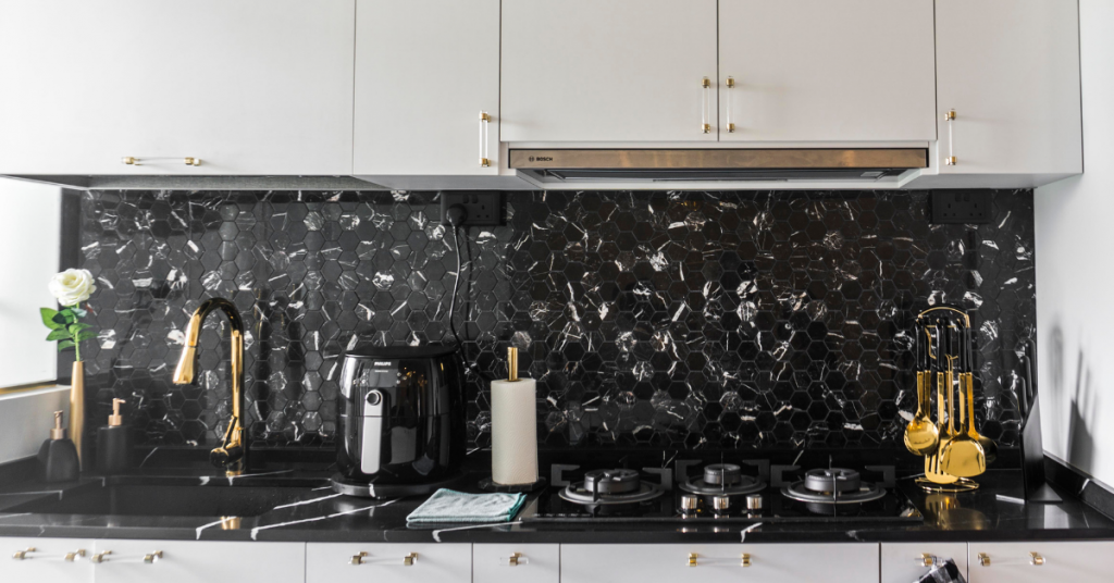 Quartz, Tiles & More: Kitchen Backsplash Materials to Consider